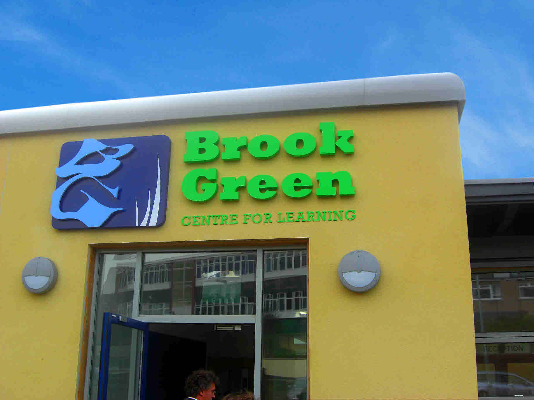 Plymouth school is one of greenest in UK using free renewable energy  #1AB138